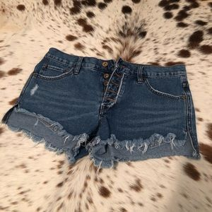 Free People Runaway Jillian denim shorts - Sz 26